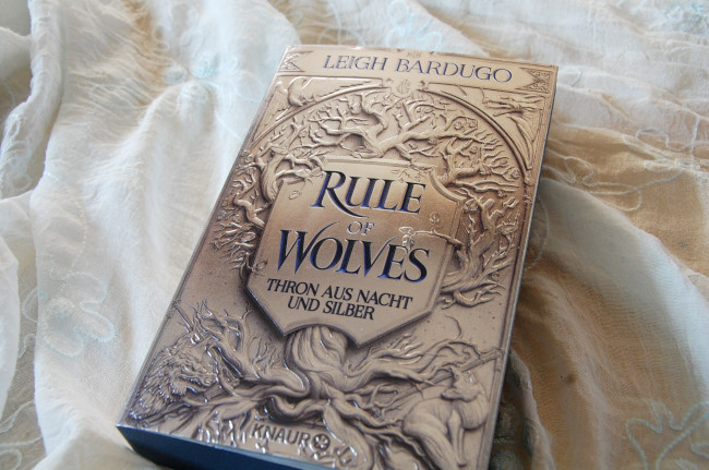 Rezension: Rule of Wolves von Leigh Bardugo